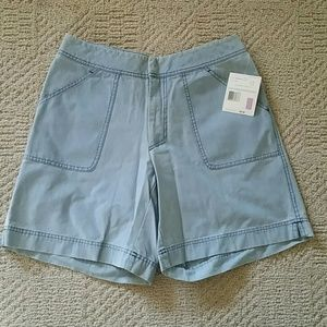 Liz Claiborne Light Weight Jean Shorts Sz. 12, NWT